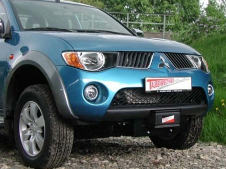 INSTALLATION KIT MITSUBISHI NEW L200
